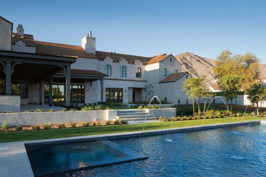 Custom Luxury Pool Builder Liquid Evolution Pools in Scottsdale AZ