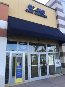 OXXO Doral (5241 NW 87th Ave, Doral, FL 33178) Storefront serving a nearby Traditional Plant Conversion