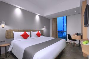 Hotel NEO Puri Indah Jakarta