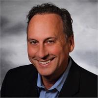 Joseph Okros, JD, MBA et conférencier principal à ce webinaire
