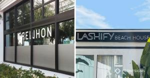 S/S 2021 siganage trends - B/W minimalistic signage by Front Signs