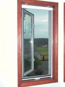 Tlit & Turn Window retractable screen