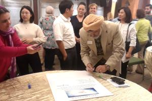 Religious leaders sign a pledge for peace